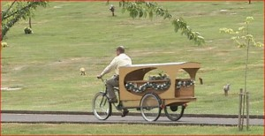 For that final ride, a bicycle hearse | from kval.com
